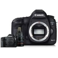 Canon EOS 5D Mark III EF 24-70mm f/4 IS Kit
