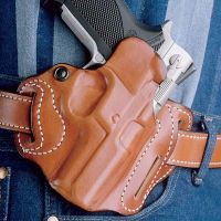DeSantis Right Hand Tan Speed Scabbard Holster ( 2 Slot) 002TAP5Z0 - TAURUS JUDGE 3in. (2.5in. & 3in. CYLINDER)