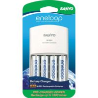Sanyo Eneloop Battery Charger w/ 4 AA Batteries