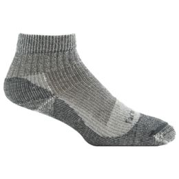 Farm To Feet Damascus Women/'s Black Lightweight Socks