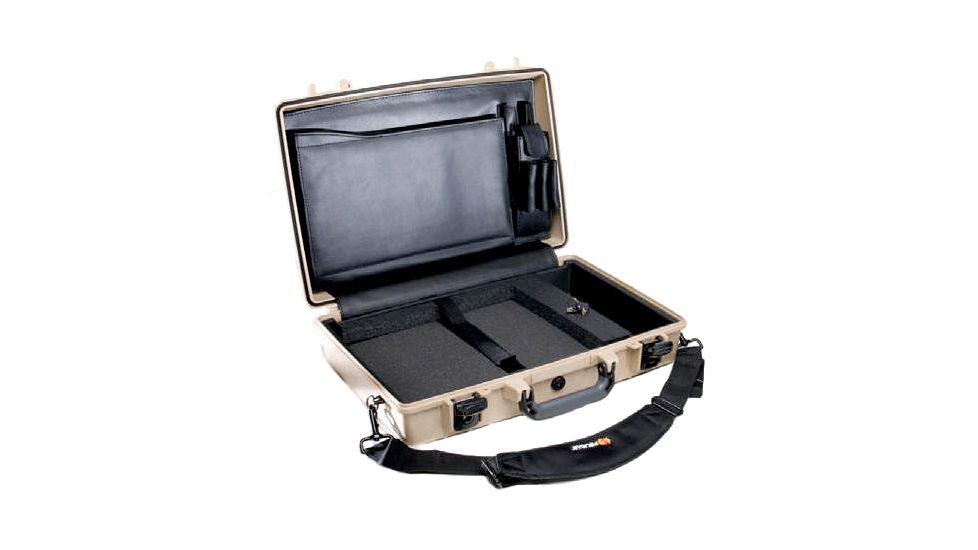 Pelican 1490CC1 Laptop Computer Deluxe Carrying Case
