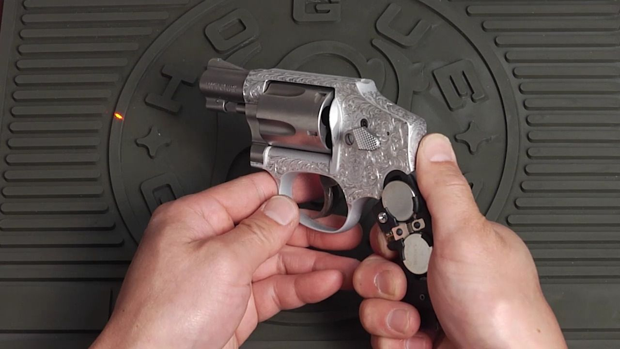 Hogue Laser Enhanced Grip - Smith and Wesson Round Butt Rubber ...